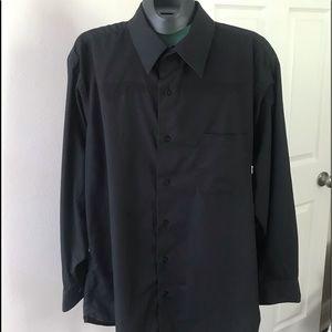 BERGAMO NEW YORK. Men's Fitted Button Down Shirt.